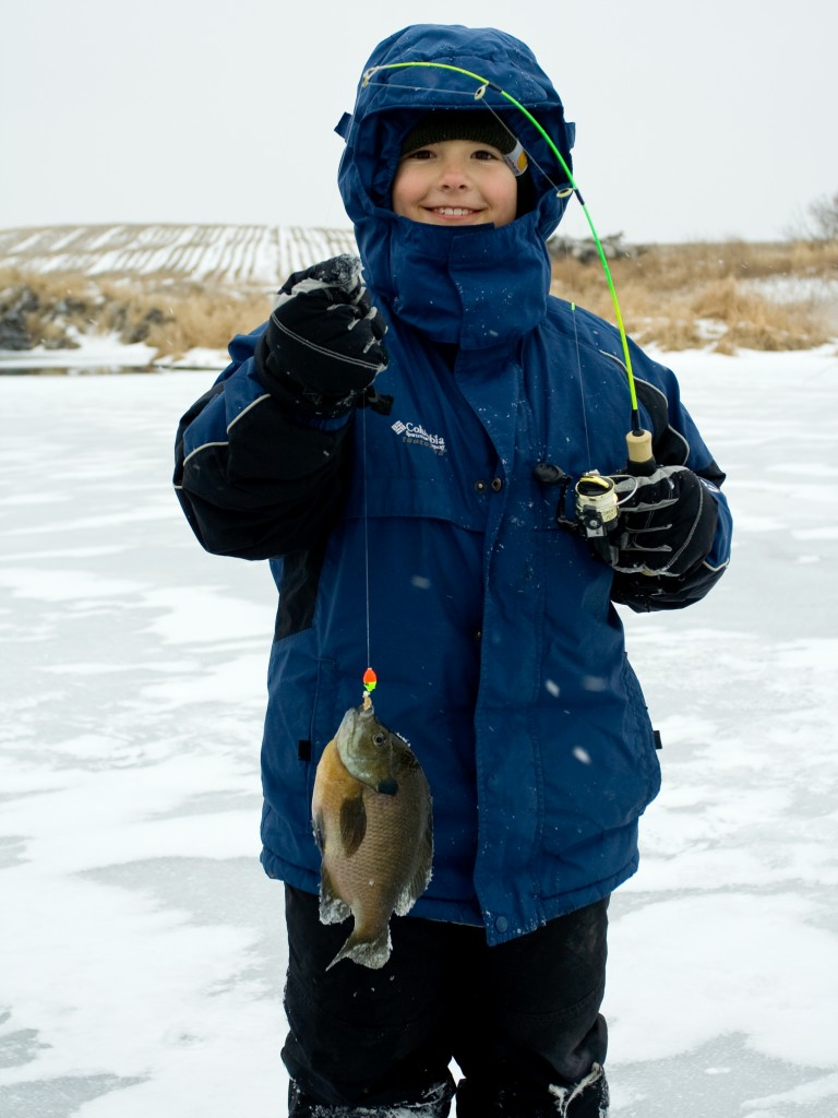 12ice-fishing-boy-siems_